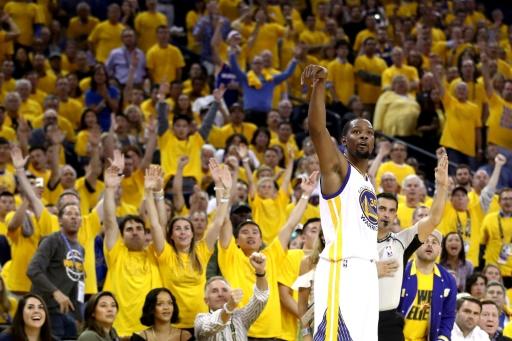 NBA: Cleveland fait revenir Golden State brutalement sur terre