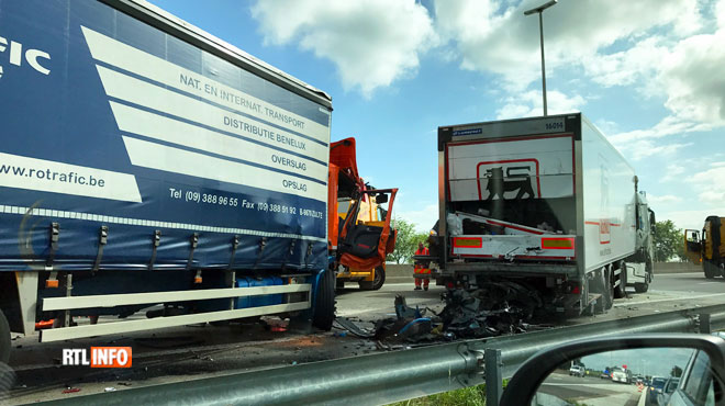 Une personne décédée dans l'accident sur la E40 — Waremme