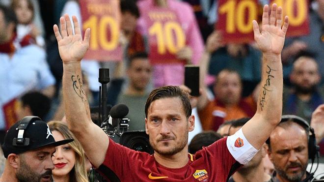 Totti va rejoindre le staff — AS Roma