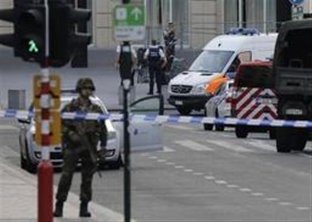 Explosion dans une gare de Bruxelles: le suspect a crié