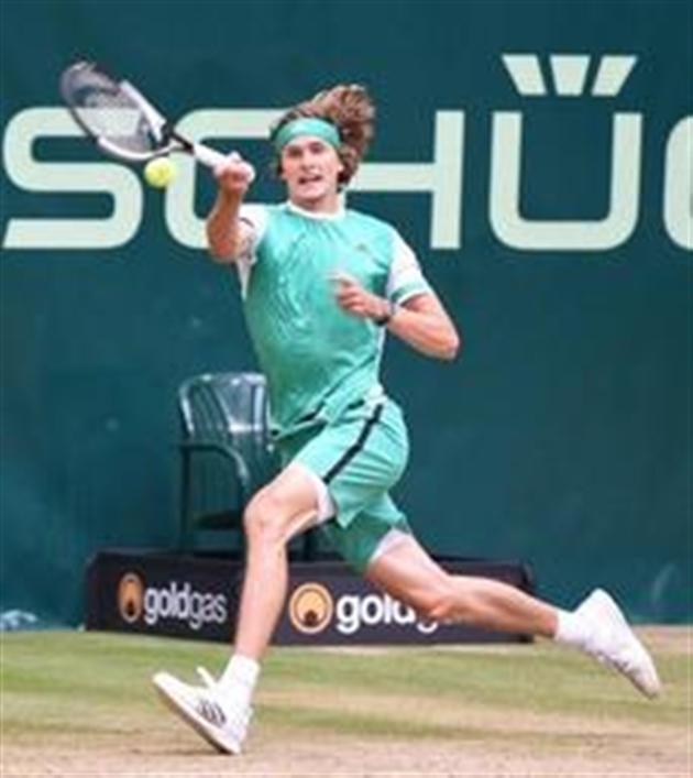 Tennis : Federer remporte le tournoi de Halle