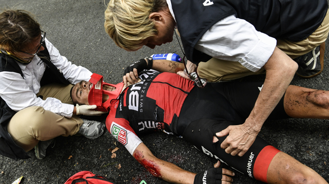 VIDÉO | Tour de France 2017: terrible chute de Richie Porte