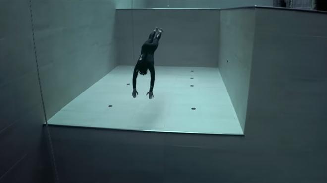 Impressionnant: il plonge à 42 mètres de profondeur avec une seule respiration (vidéo)