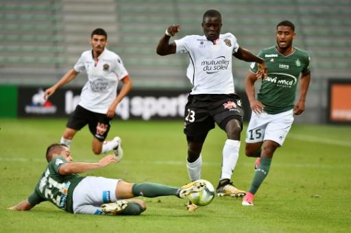 Nice sans ses supporters à Naples — Ligue des champions