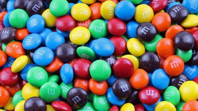 Des nanoparticules non-signalées ont été retrouvées dans plusieurs célèbres sucreries