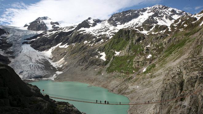 Suisse : effondrement d'un glacier, pas de victime