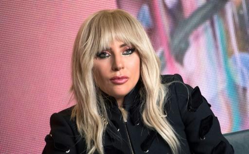 Lady Gaga reporte sa tournée européenne